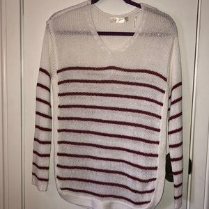 R D Style white long sleeved sweater size S/P